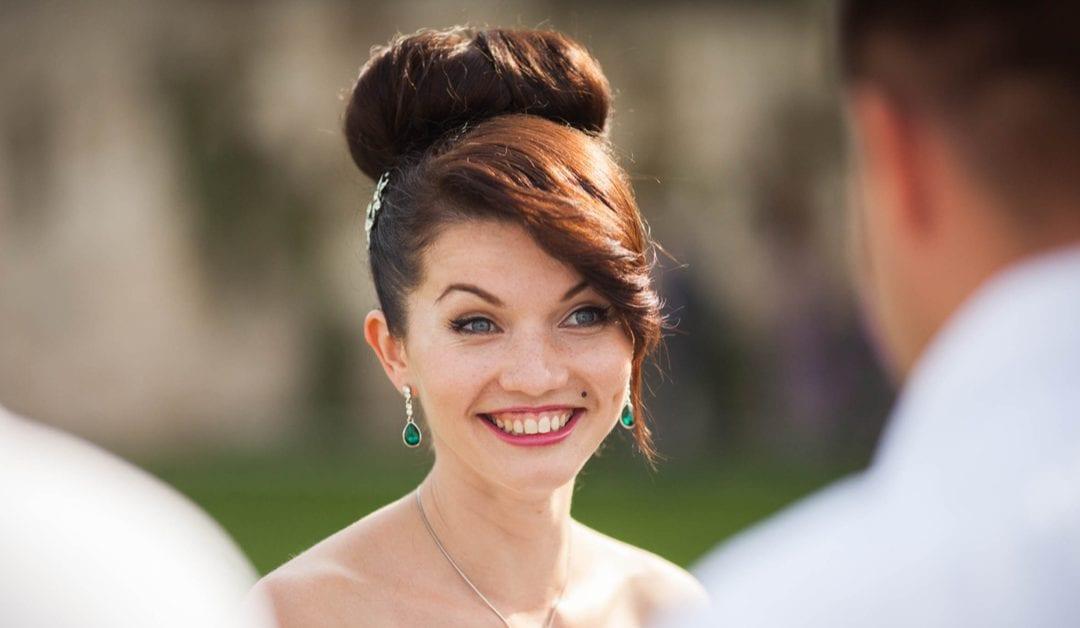 8 Best Hair Bun Styles for Weddings