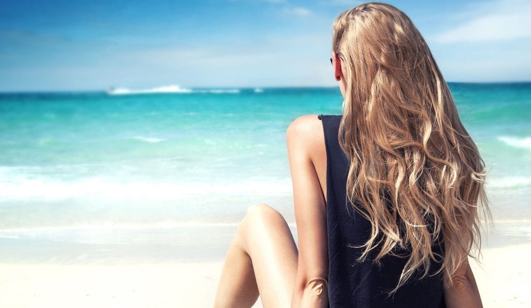 How Do People With Long Hair survive in the Summer?